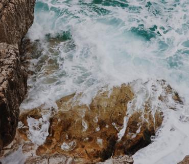 Wasserzeichnungen und Fotografie – ein Gespräch mit Julian Piehler