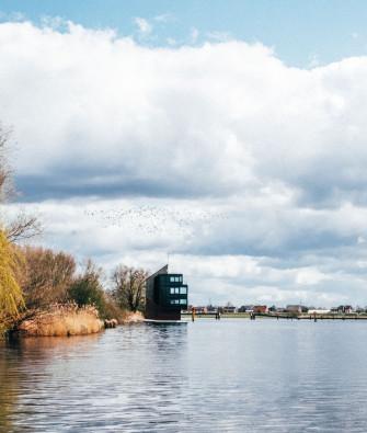 Viel Platz für einsame Buchten und großstädtisches Flussbaden: Die Dove Elbe