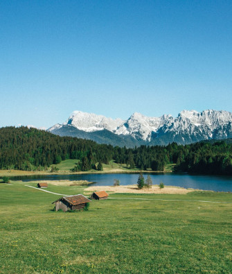 Take a Stroll at the Water's Edge: Four Stunning Lakes Near Munich